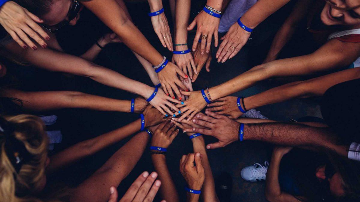mãos nomoblidis | Posvenção do Suicídio